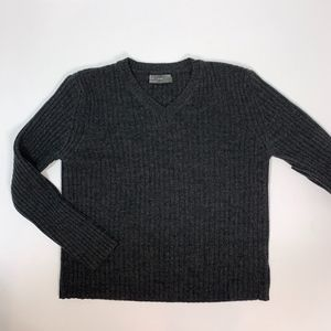 ZARA Large V-Neck 30% Wool Dark Gray Sweater